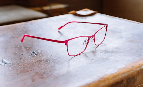 red frame sitting on table