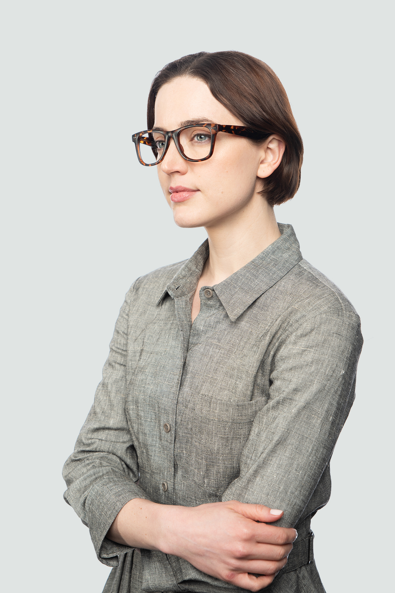 Second model wearing College frames