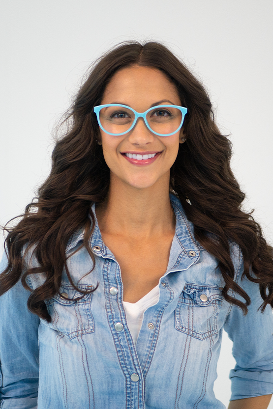 First model wearing Taylor frames