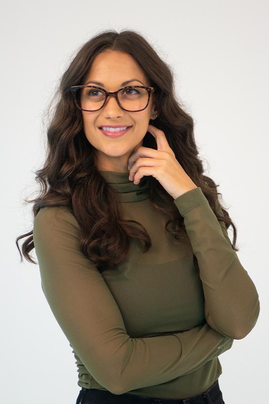 Second model wearing Houston frames