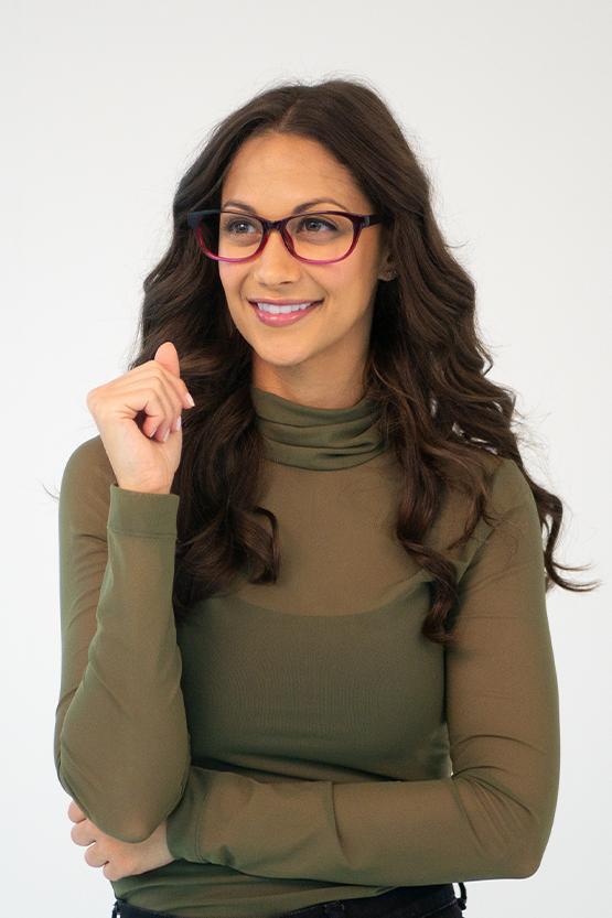 Second model wearing Harper frames