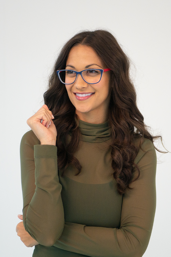 Second model wearing Maxwell frames
